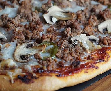 Pizza Barbacoa con Mix de Ternera